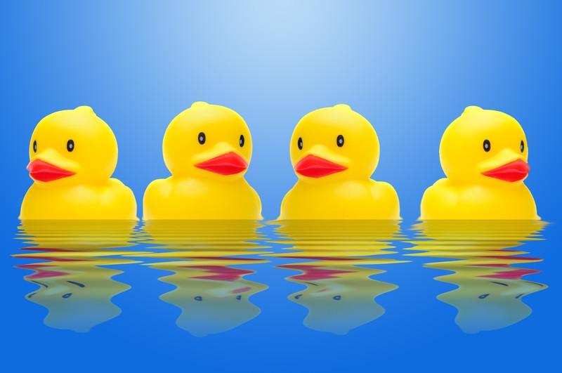 badmat-met-fotoprint-super-absorberend-4-eendjes-zwemmen-in-het-water